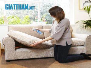 Cách làm sạch ghế sofa nỉ cực kì đơn giản tại nhà